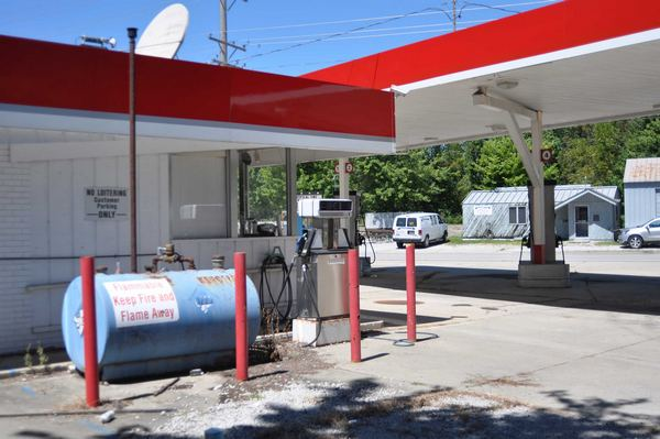 Highland   Gas Station on th St